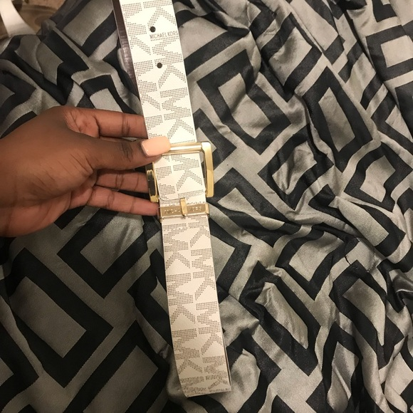Michael Kors Accessories - White and gold Michael Kors belt. Never worn.